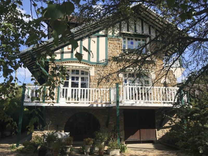 Sale house / villa Hardricourt 499000€ - Picture 1