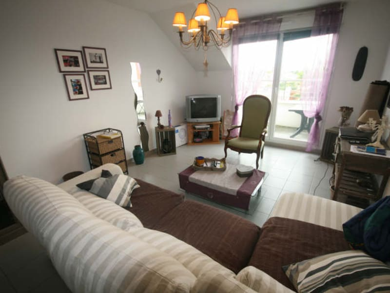 Rental apartment Herblay 780€ CC - Picture 2