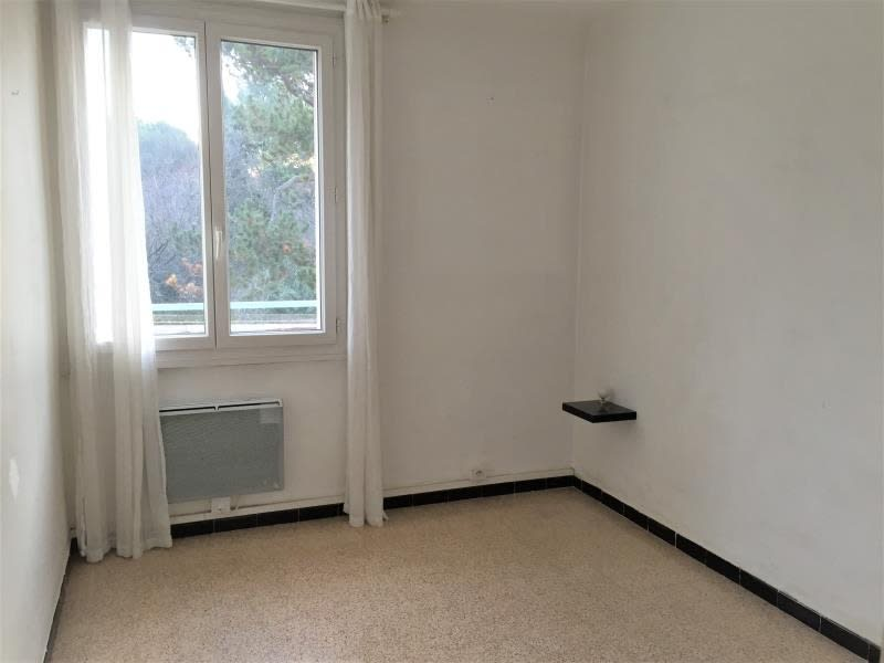 Location appartement Aix en provence 1 010€ CC - Photo 4