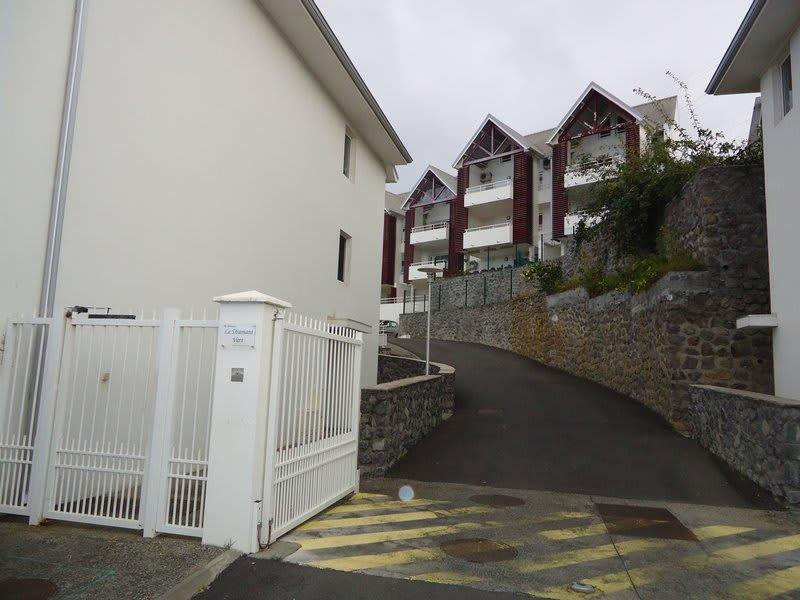 Location appartement Ste clotilde 578€ CC - Photo 1