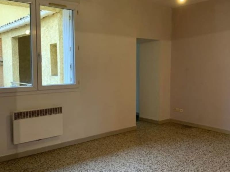Location appartement Lunel 509€ CC - Photo 2