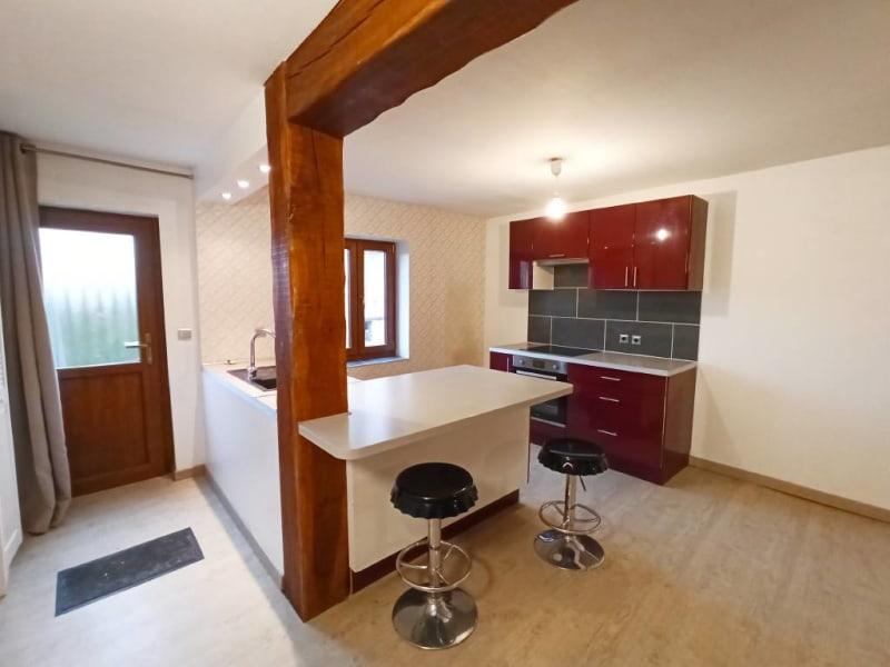 Rental apartment Breux-jouy 688€ CC - Picture 3