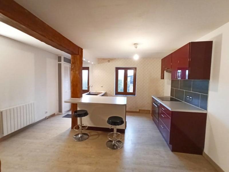 Rental apartment Breux-jouy 688€ CC - Picture 4