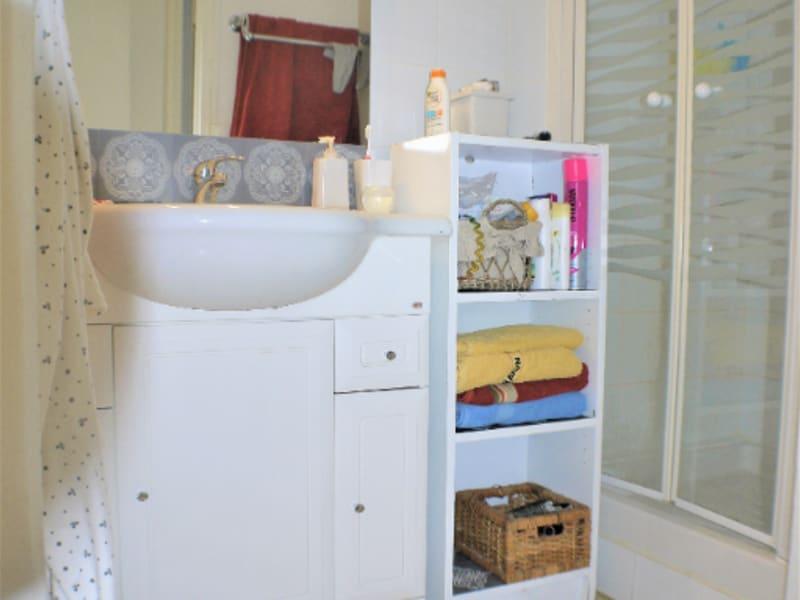 Location appartement Marseille 8ème 650€ CC - Photo 4