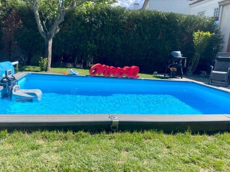 Sale house / villa Suresnes 1690000€ - Picture 1