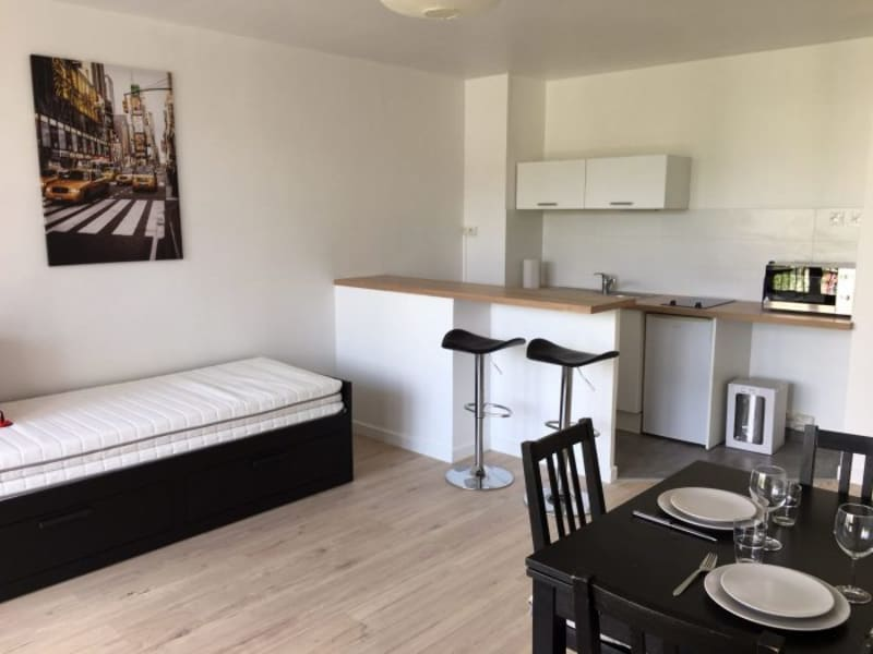 Location appartement Fresnes 725€ CC - Photo 2