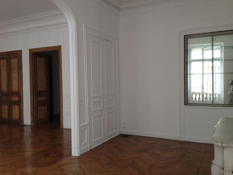 Location appartement Paris 8ème 7000€ CC - Photo 10