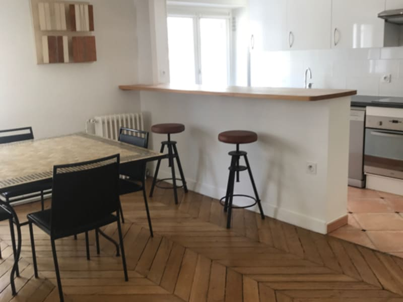 Rental apartment Paris 8ème 2 850€ CC - Picture 2
