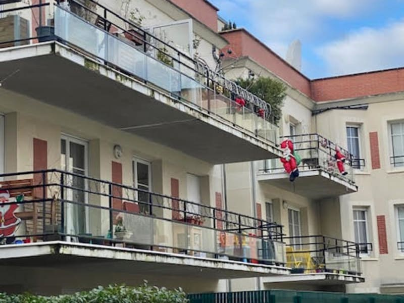 Sale apartment Colombes 445000€ - Picture 1
