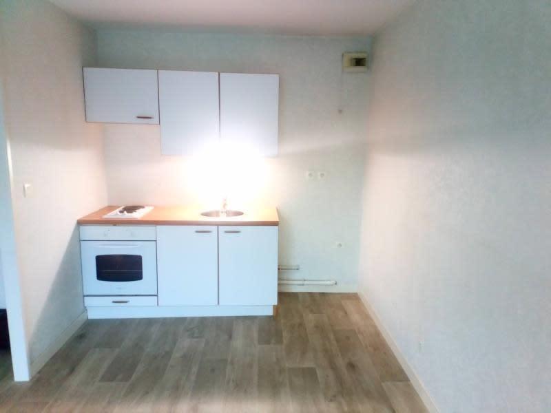 Location appartement Armentieres 595€ CC - Photo 2