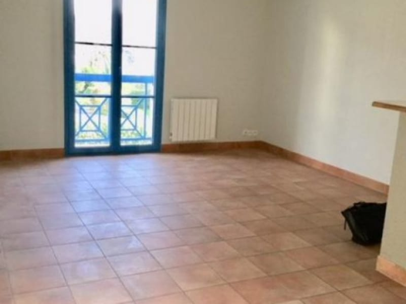 Rental apartment St ave 447€ CC - Picture 2