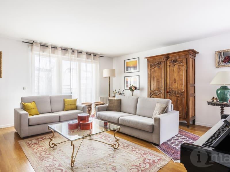 Sale apartment Courbevoie 933000€ - Picture 1