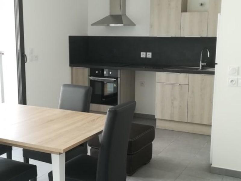 Rental apartment Lyon 3ème 805€ CC - Picture 1