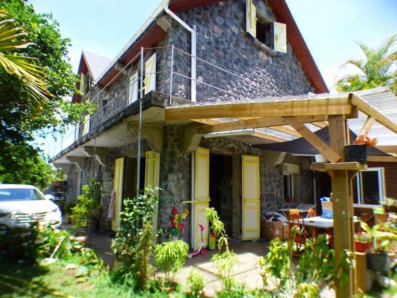 Rental house / villa La riviere st louis 920€ CC - Picture 1
