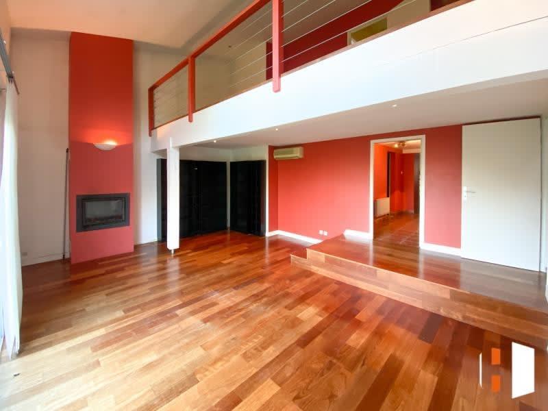 Sale house / villa St germain du puch 352000€ - Picture 4