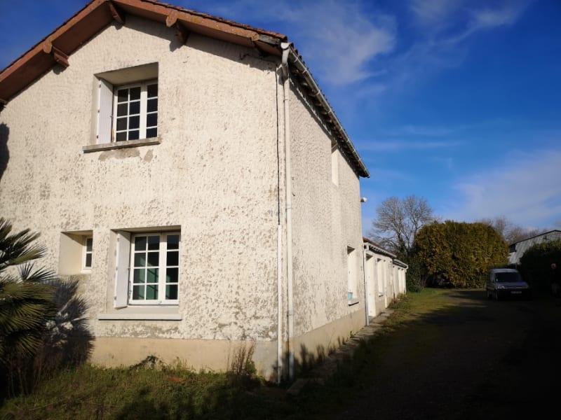Sale house / villa Le girouard 373250€ - Picture 2