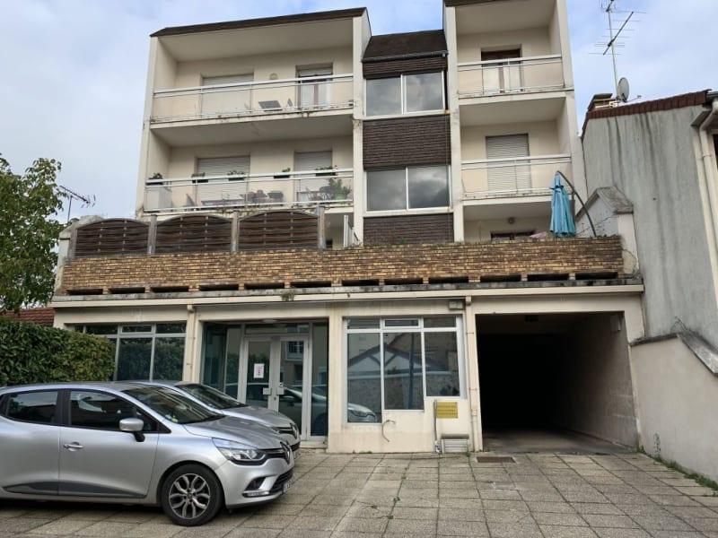 Sale apartment Les pavillons sous bois 124200€ - Picture 2