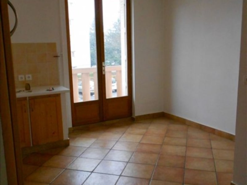 Sale apartment Roanne 50500€ - Picture 2