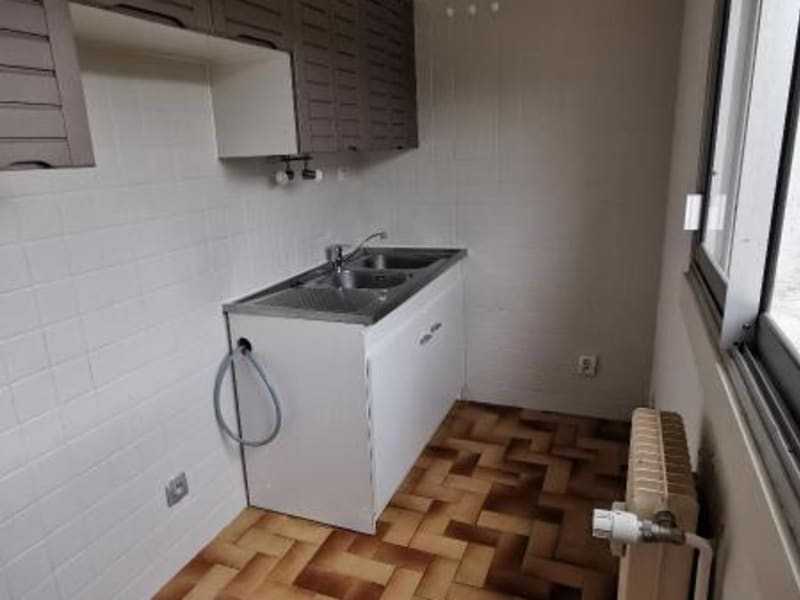 Rental apartment Oyonnax 440€ CC - Picture 3