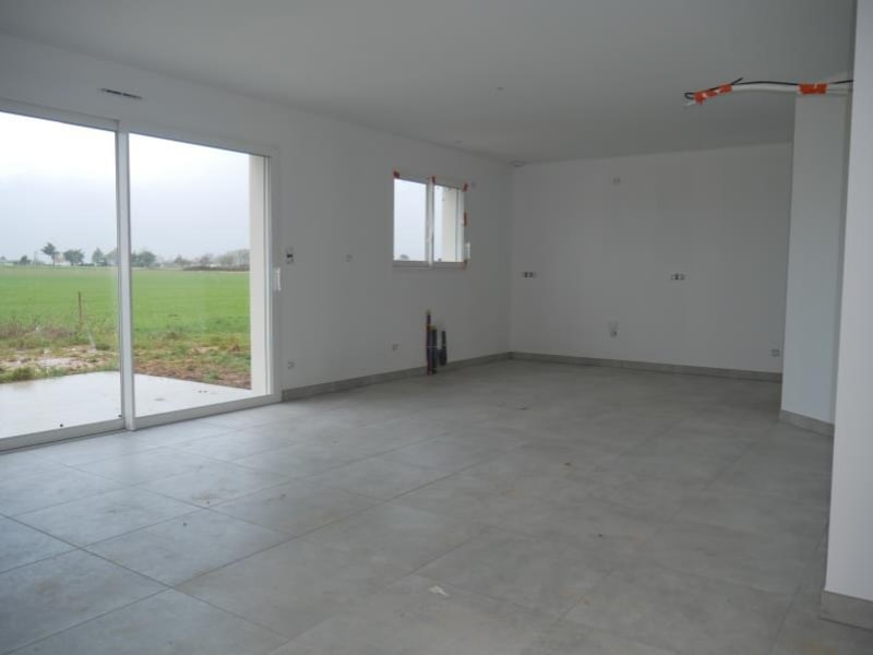 Sale house / villa St vincent sur jard 242000€ - Picture 2