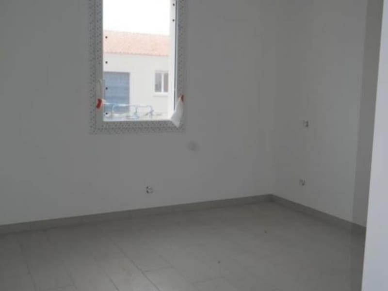 Sale house / villa St vincent sur jard 242000€ - Picture 5