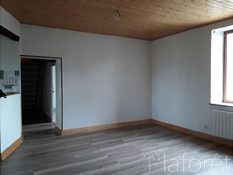 Location appartement La chapelle de la tour 585€ CC - Photo 3