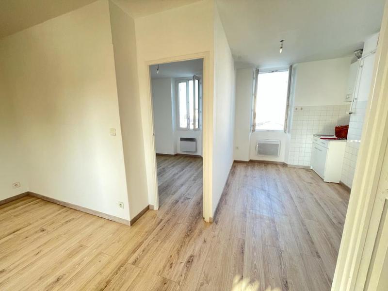 Location appartement Marseille 14ème 550€ CC - Photo 3