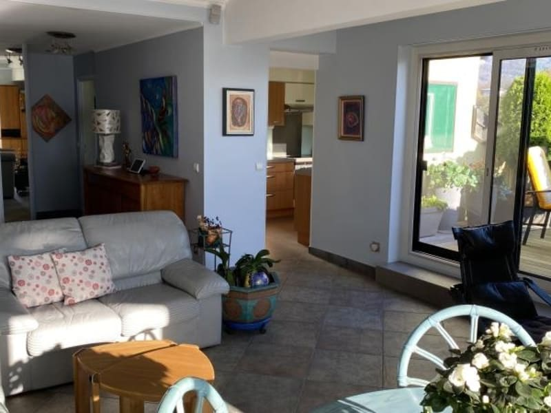 Sale apartment Aix les bains 590000€ - Picture 3