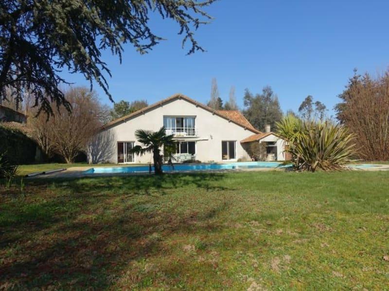 Vente maison / villa Cholet 399900€ - Photo 1