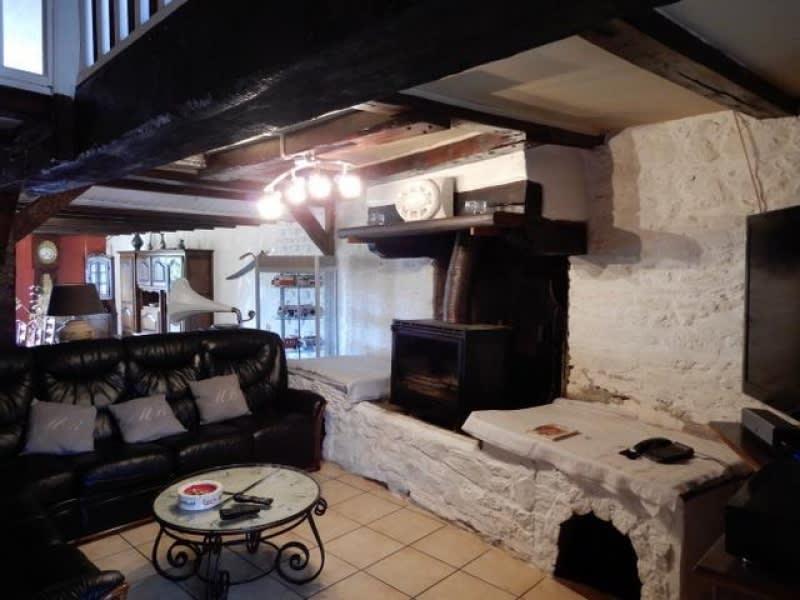 Sale house / villa Garlan 208650€ - Picture 9