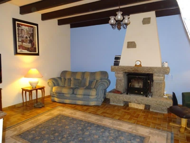 Sale house / villa Plusquellec 48500€ - Picture 4
