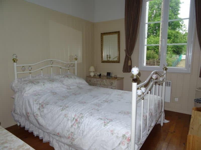 Sale house / villa Plougonver 128400€ - Picture 8
