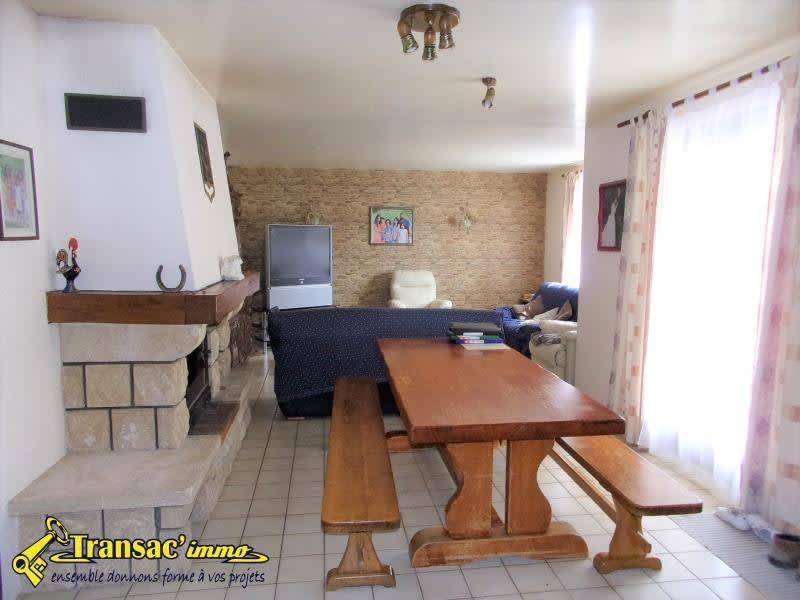 Sale house / villa Celles sur durolle 166140€ - Picture 2