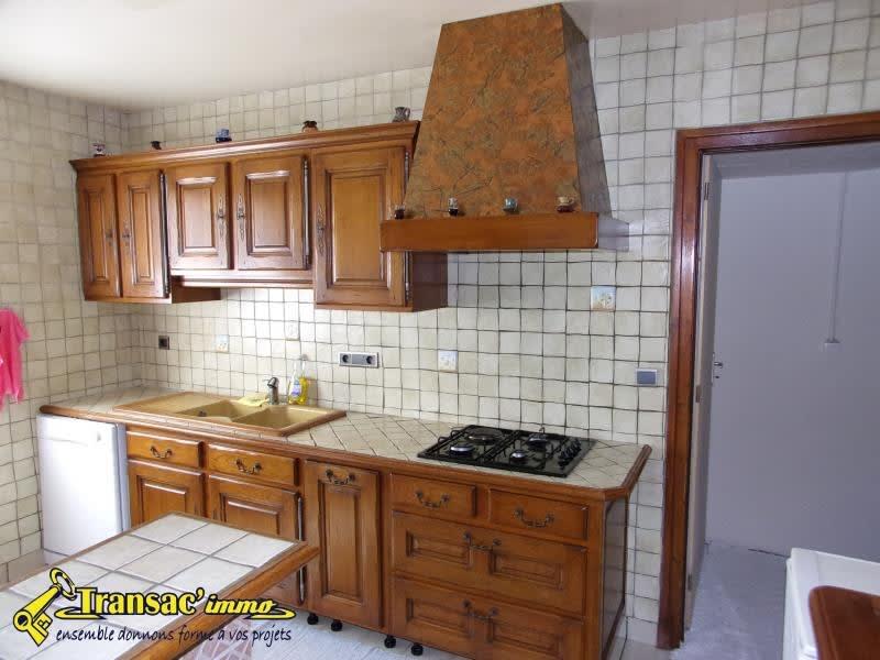 Sale house / villa Celles sur durolle 166140€ - Picture 3