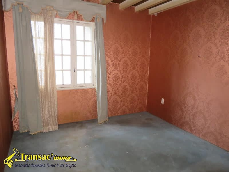 Sale house / villa Puy guillaume 44 000€ - Picture 7