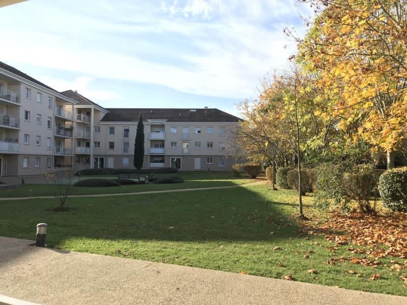 Sale apartment Guyancourt 336000€ - Picture 1