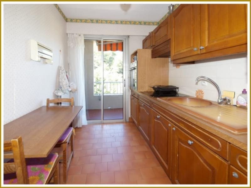 Sale apartment Hyeres 169 000€ - Picture 6
