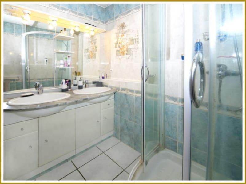 Sale apartment Toulon 154000€ - Picture 5