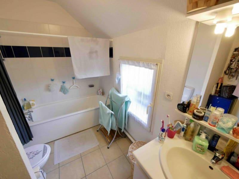 Sale house / villa Bazet 137800€ - Picture 8