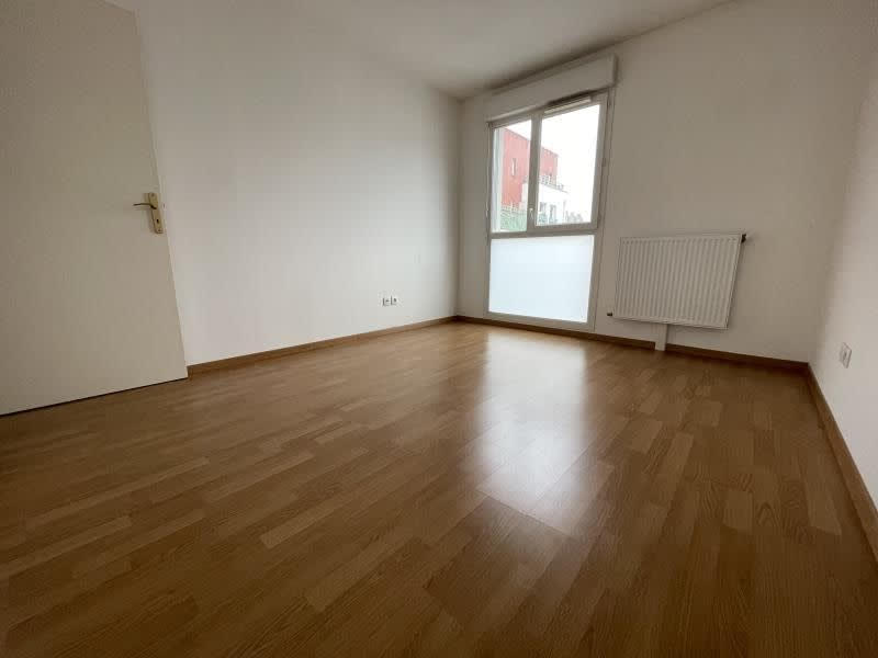 Rental apartment La plaine st denis 1 210€ CC - Picture 6
