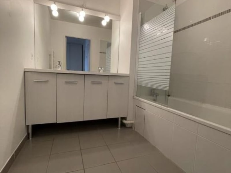 Rental apartment La plaine st denis 1 210€ CC - Picture 8