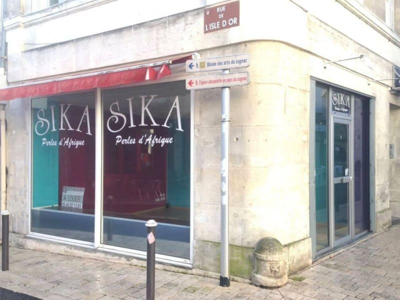 Location local commercial Cognac 448€ HC - Photo 4