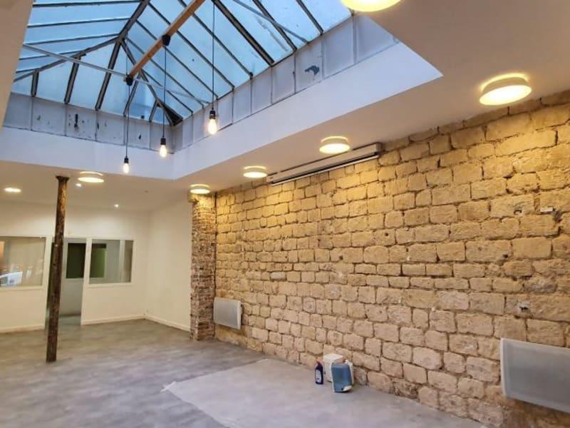 Rental empty room/storage Paris 10ème 3600€ HC - Picture 1