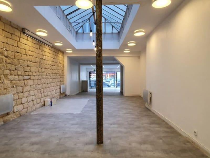 Rental empty room/storage Paris 10ème 3600€ HC - Picture 2