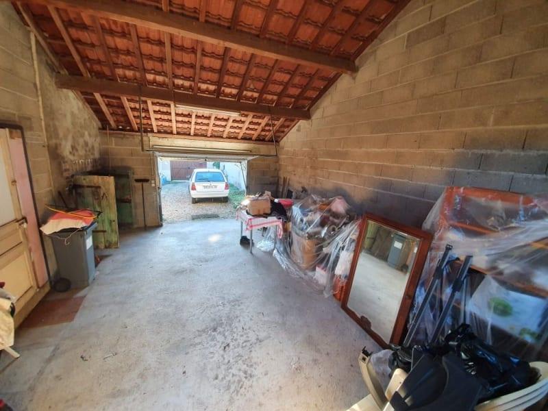 Sale house / villa Courlon sur yonne 92500€ - Picture 12