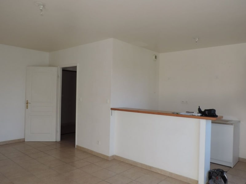 Rental apartment Livry gargan 870€ CC - Picture 4