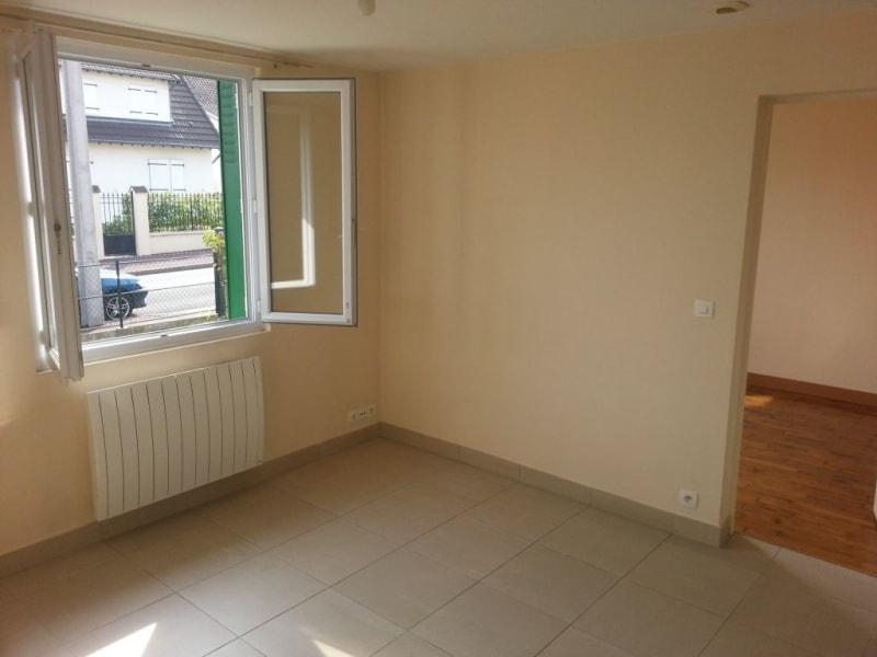 Rental house / villa Livry gargan 690€ CC - Picture 4