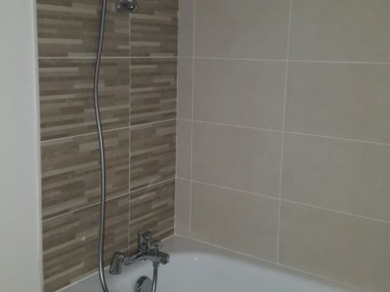 Rental apartment Livry gargan 980€ CC - Picture 15