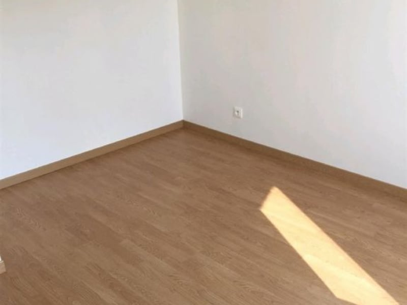 Rental apartment Neuilly en thelle 730€ CC - Picture 7