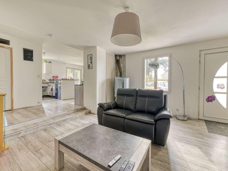 Sale house / villa Neuilly en thelle 262500€ - Picture 4